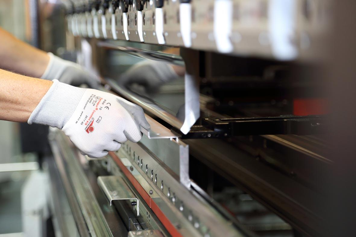 خم سی ان سی خم CNC خمکاری